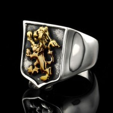 Distinguished Lion Crest Ring In Gold and Silver